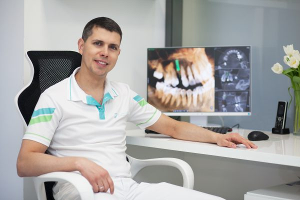 Dr. Максим Юрченко, CSc.